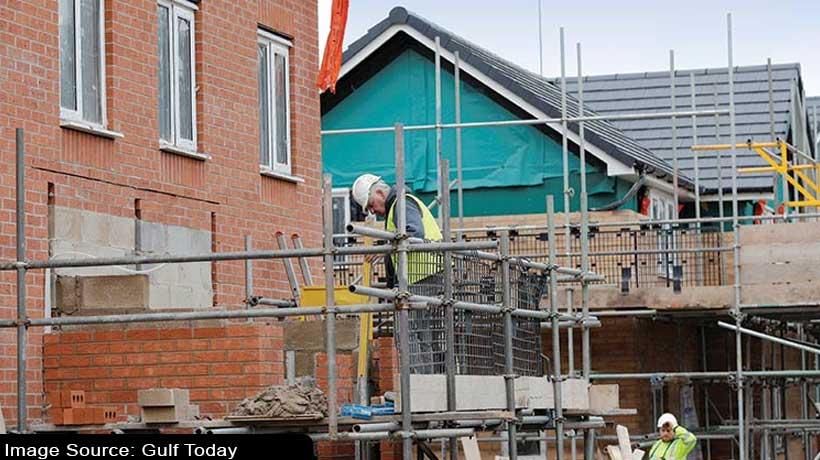 british-houses-prices-fell-due-to-coronavirus-shock-to-economy