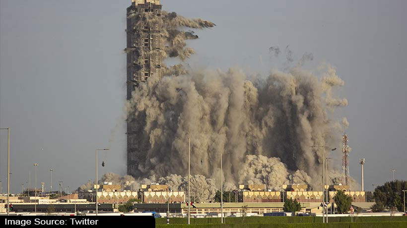 uae:-modon-successfully-demolishes-mina-plaza-towers-in-10-seconds