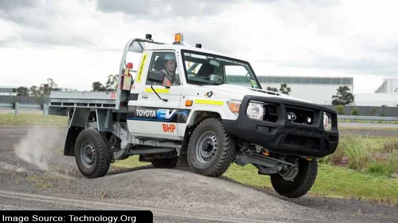 toyota-converts-old-workhorse-land-cruiser-j70-into-electric-truck