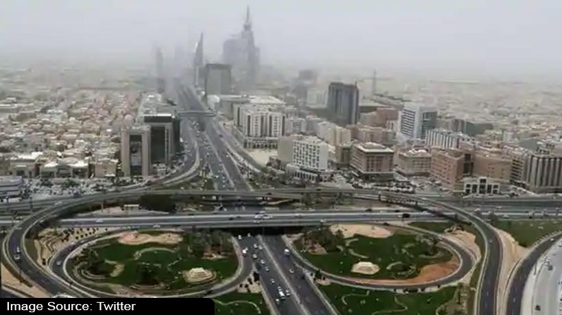 blasts-jolt-saudi-arabia-capital-witnesses-report