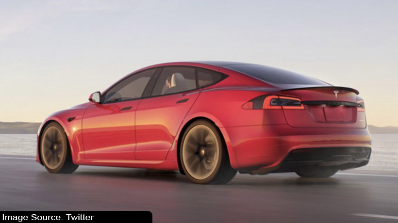 tesla-rolls-out-the-world's-fastest-car-sales-to-begin-in-march