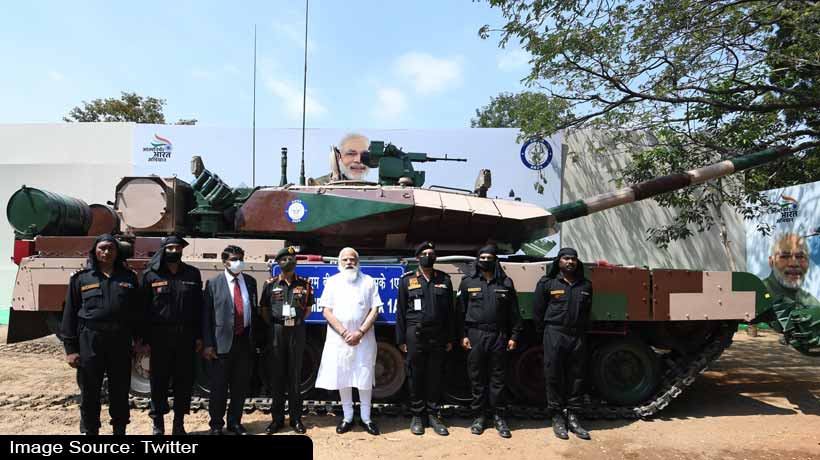modi-visit:-army-chief-receives-made-in-india-arjun-tank-from-pm