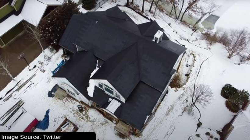 watch:-how-does-tesla-solar-roof-handle-snow-pile-ups