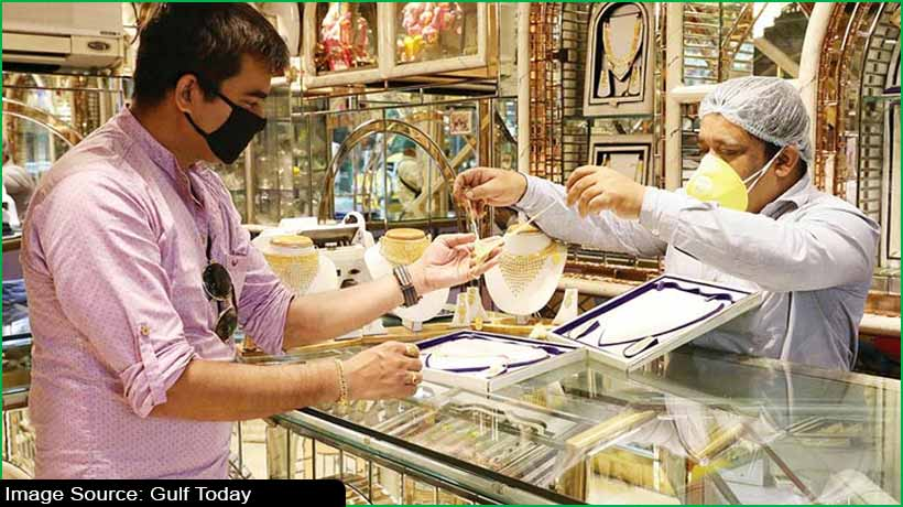 indias-gold-buyers-opt-for-purchase-as-metal-falls-to-one-year-low