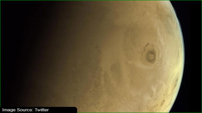 uae's-hope-probe-sends-mars'-images-and-scientific-data