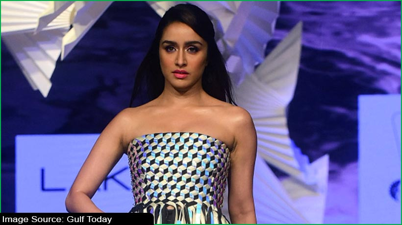 shraddha-kapoor-to-play-double-in-'chaalbaaz-in-london'