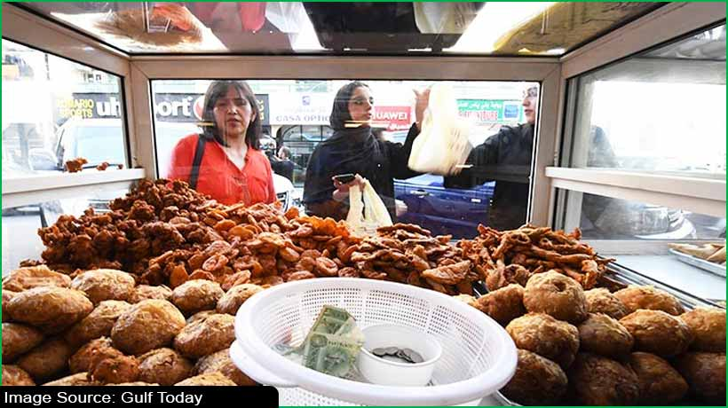 sharjah-to-suspend-permits-for-food-stalls-outside-shops-during-ramadan