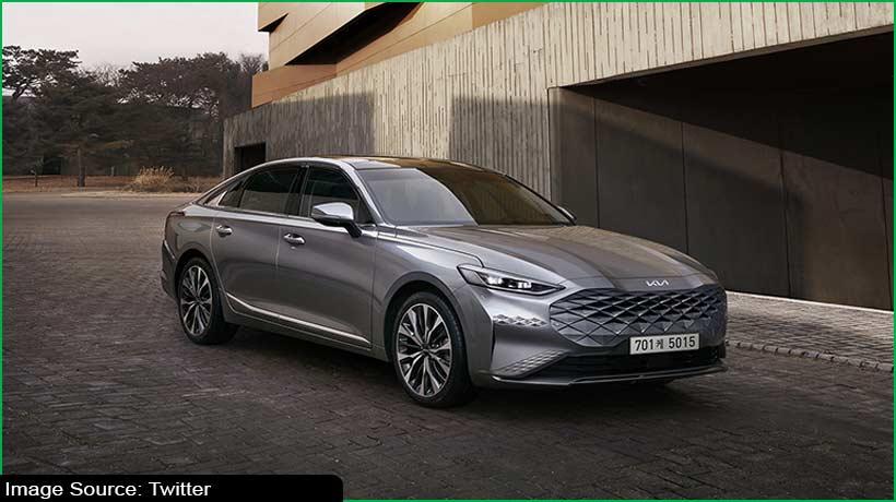 kia-launches-k8-sedan-in-home-market