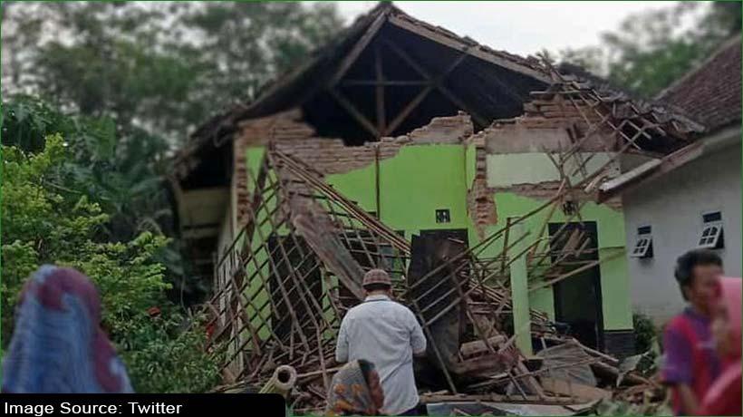 at-least-six-dead-as-earthquake-strikes-indonesia