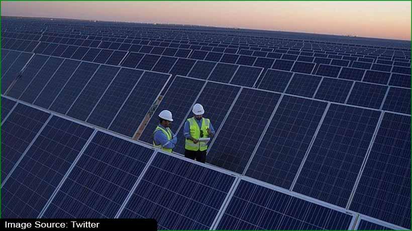 saudi-crown-prince-opens-sakaka-solar-power-plant-announces-7-new-plants