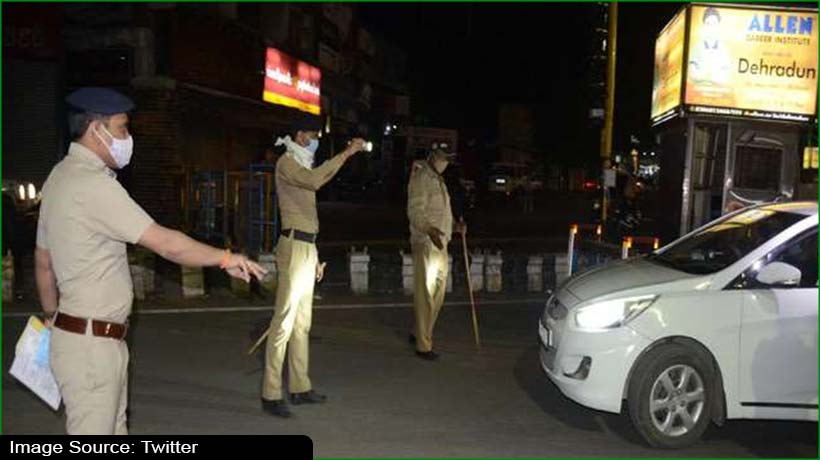 covid-19:-up-extends-night-curfew-hours-in-districts-with-over-2000-cases