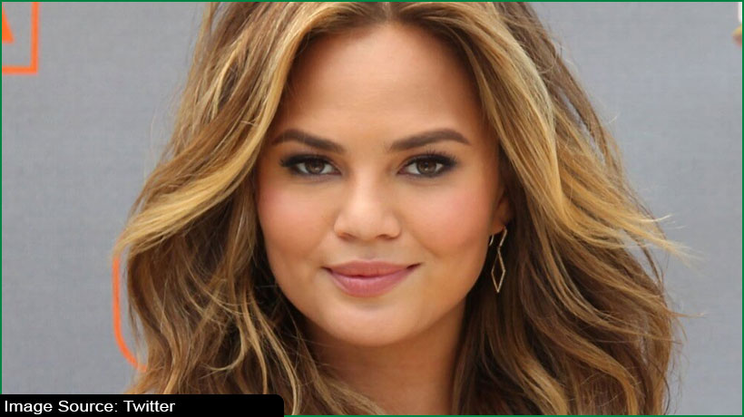 chrissy-teigen-is-back-on-twitter-says-'terrible-to-silence-yourself'