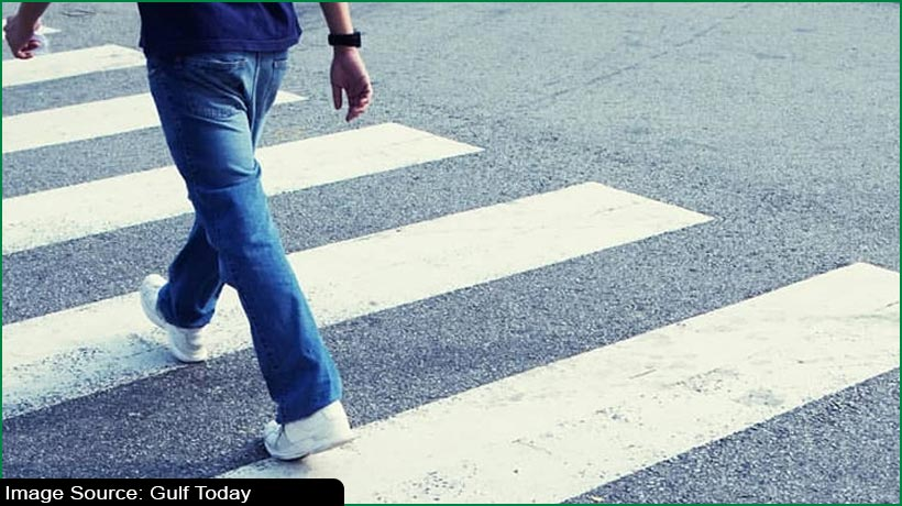 aed500-fine-6-black-points-if-motorists-don't-stop-for-pedestrians-in-uae