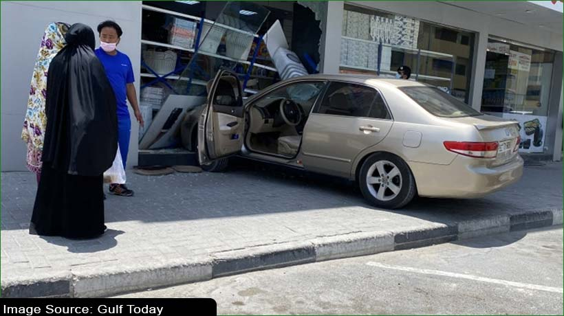 speeding-car-crashes-into-shopping-store-in-sharjah