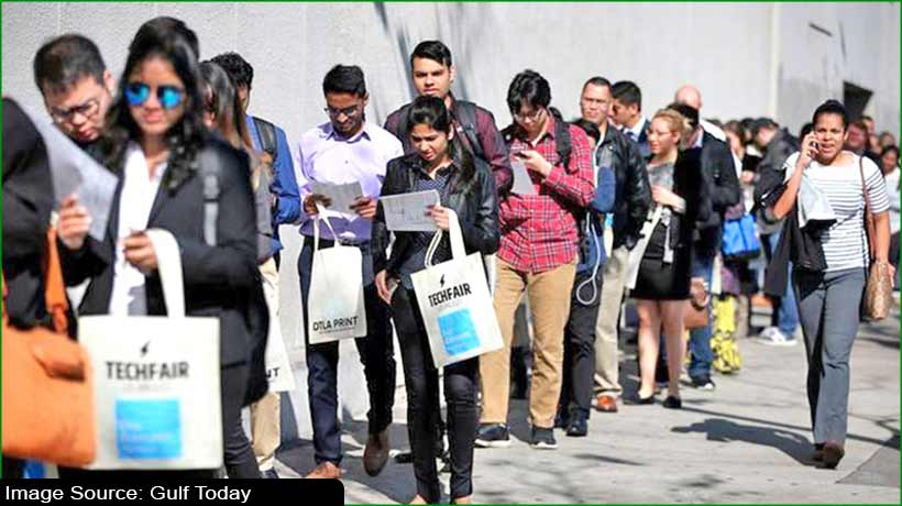 us-jobless-data-declines-employers-report-lowest-job-cuts-in-2-decades