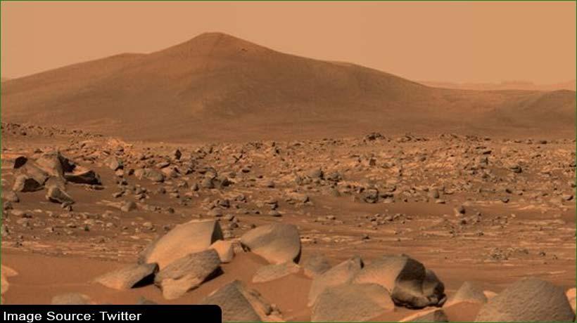 नासा के पर्सीवरेंस रोवर ने मंगल से भेजी दुर्लभ तस्वीरें