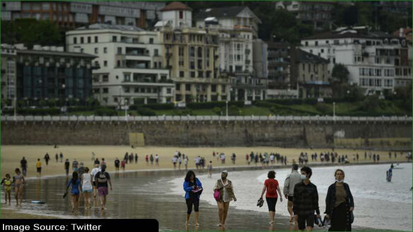 टीकाकरण करवा चुके पर्यटक 7 जून से आ सकेंगे स्पेन