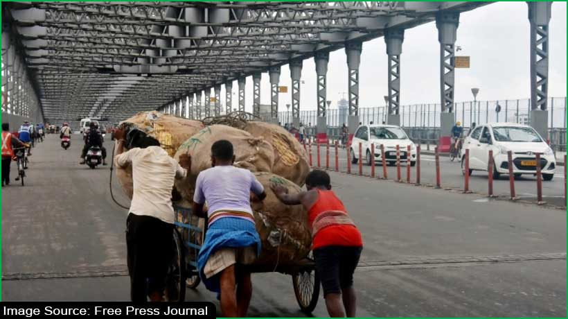 historic-howrah-bridge-kolkata-airport-shut-due-to-cyclone-yaas