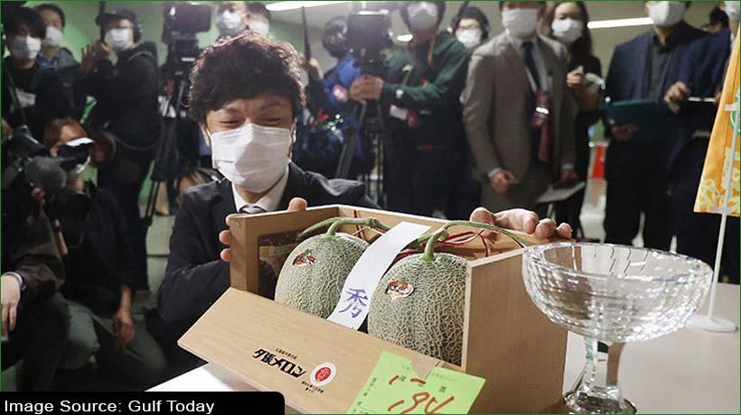 जापान में युबारी खरबूजे की एक जोड़ी 24,800 डॉलर में बिकी