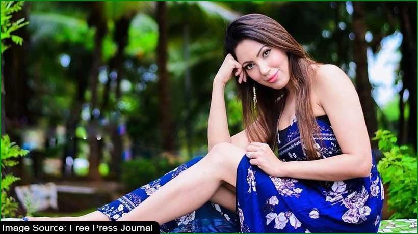 actress-munmun-dutta-booked-for-casteist-slur-in-viral-video