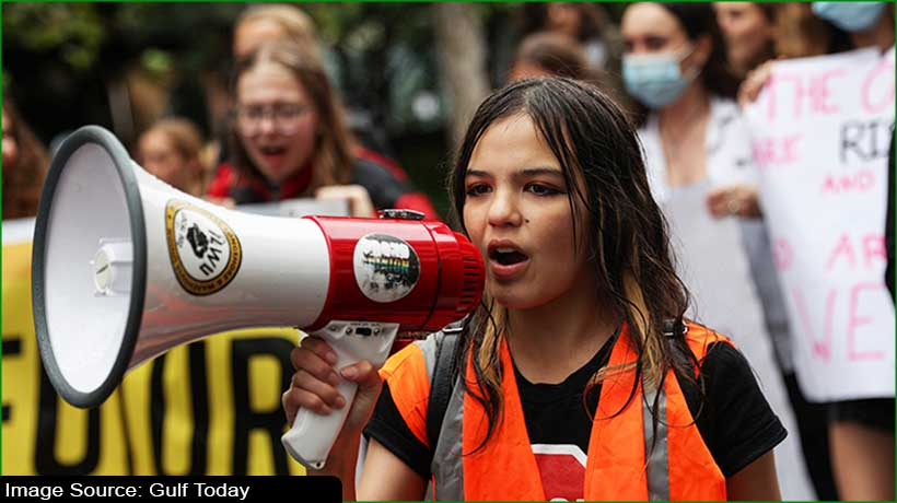 teen-climate-activist-leads-thousands-of-marchers