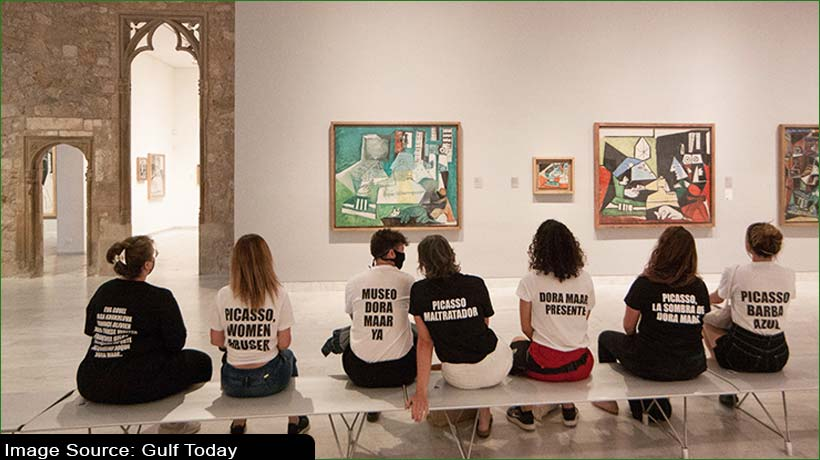 barcelona-professor-stages-protest-denouncing-picasso's-treatment-of-women