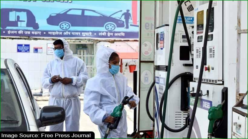 petrol-breaches-inr101-per-litre-mark-in-mumbai