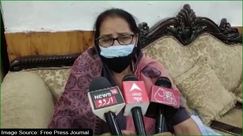 मीना कुमारी का लड़कियों पर विवादित बयान