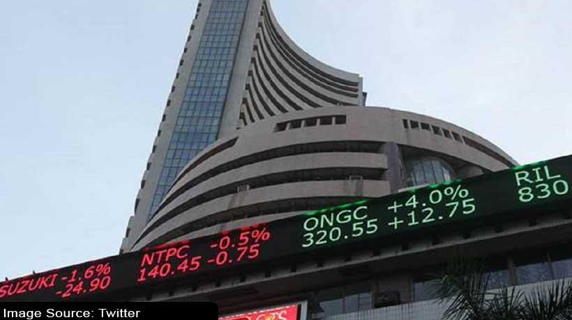 रिकॉर्ड स्तर पर खुला शेयर बाजार, सेंसेक्स 52,500 के पार
