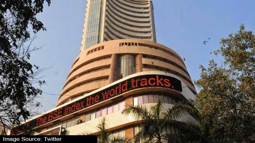 Closing Bell: Sensex ends at 52,474, Nifty just below 15,000