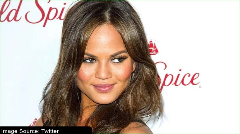 chrissy-teigen-says-she-was-a-'troll'-apologises-for-bullying-on-twitter