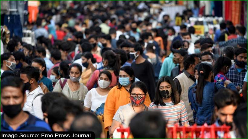दिल्ली के बाजारों में लापरवाह भीड़, HC ने कह- रिपोर्ट करें पेश