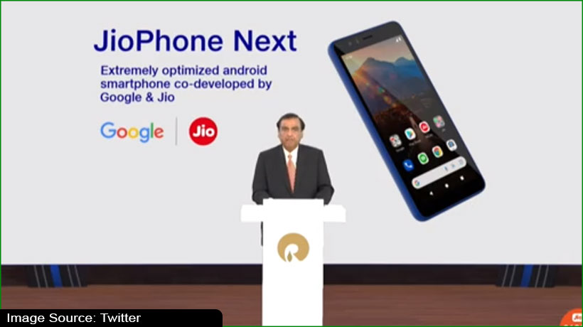 jio-smartphone-set-to-come-out-in-september