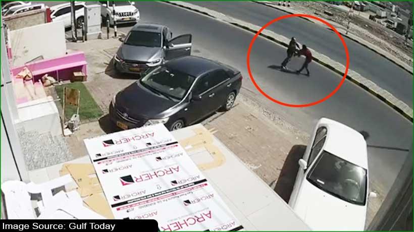man-stabbed-in-broad-daylight-in-oman-dies