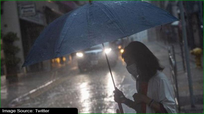 hong-kong-exchanges-delays-opening-due-to-black-rainstorm-warning