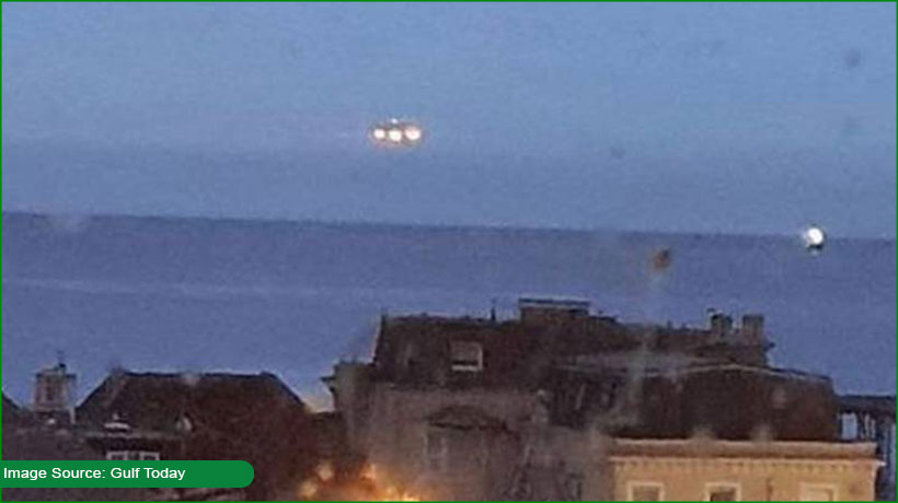 ufo-spotted-over-devon-waterfront-in-united-kingdom
