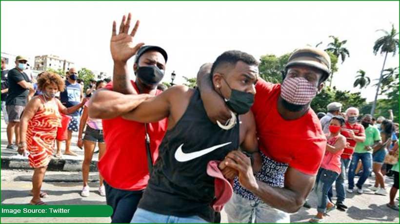 protests-erupt-in-cuba-over-economic-crisis-covid-19-vaccine-shortage