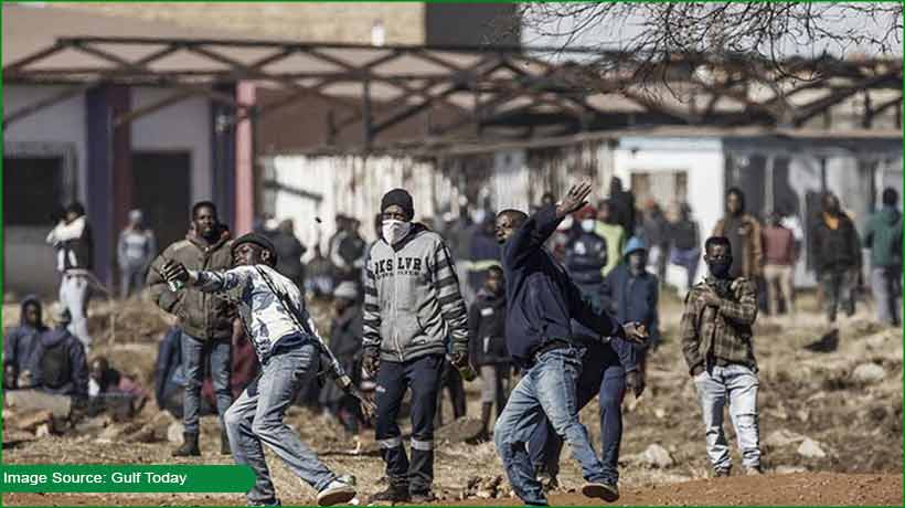 72-killed-amid-unrest-in-south-africa