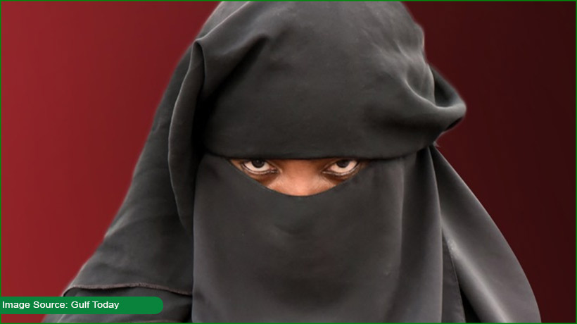 indonesia-man-hides-behind-wife's-veil-to-escape-quarantine