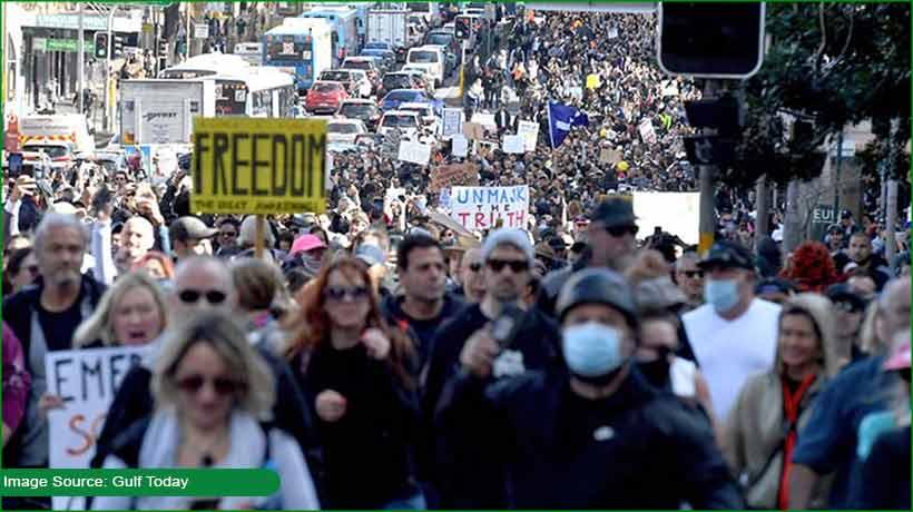 unmasked-protestors-arrested-in-sydney-during-marches-against-lockdown