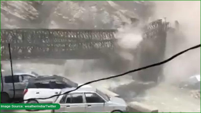 nine-killed-in-india's-himachal-pradesh-as-rockslide-destroys-bridge