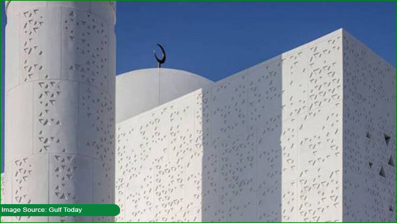 this-is-the-only-middle-east-mosque-designed-by-female-architect