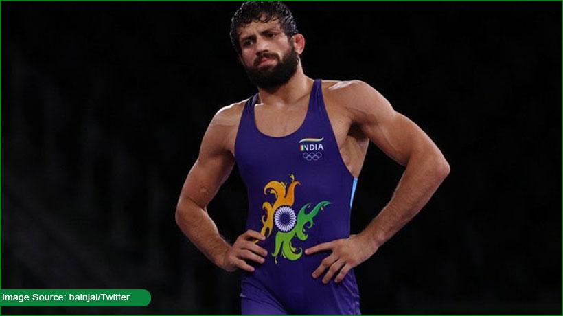 india-wrestler-ravi-kumar-dahiya-bitten-by-kazakhstan-counterpart