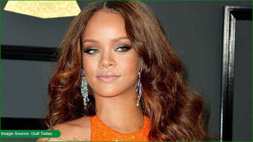hadith-played-in-lingerie-show-rihanna's-brand-sued
