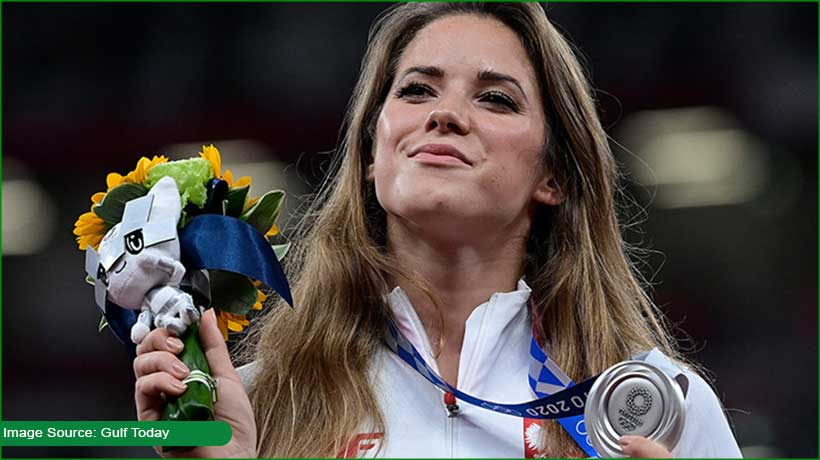 polish-olympic-athlete-to-auction-her-medal-to-raise-funds-for-sick-child