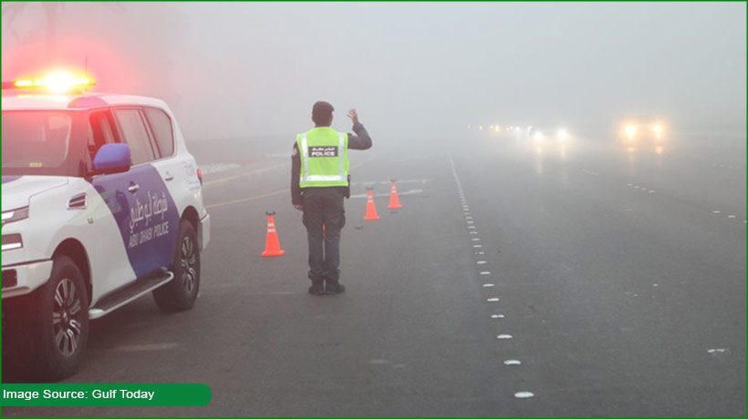 aed500-fine-4-black-points-for-driving-trucks-and-buses-during-fog-in-auh