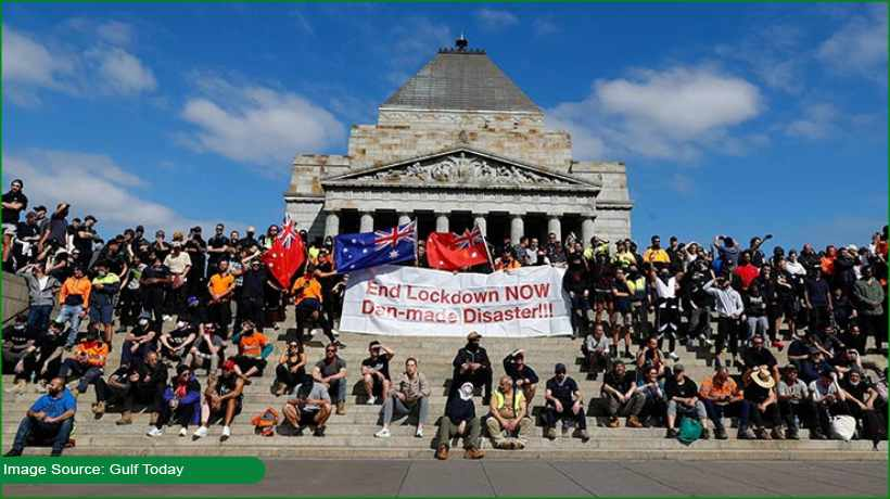 Melbourne readies for anti-lockdown protests amid surge in COVID-19 cases