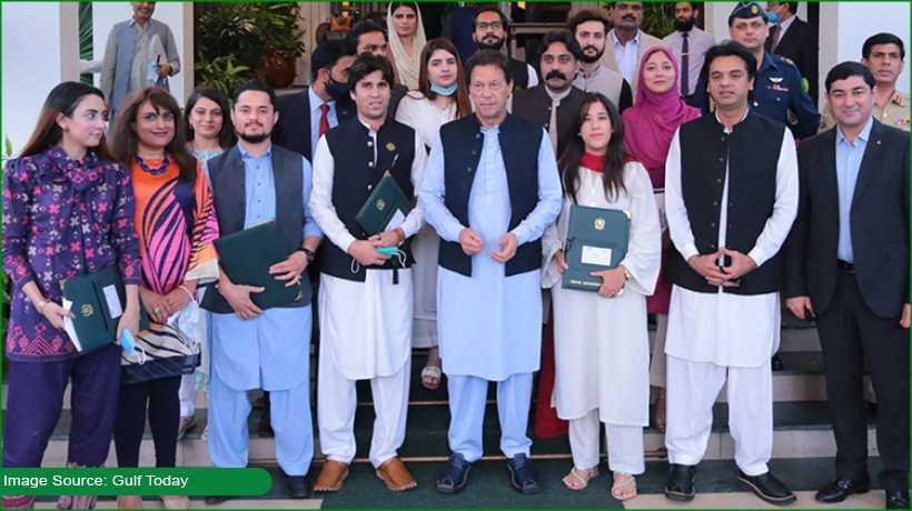 pak-pm-imran-khan-reveals-kamyab-pakistan-programme